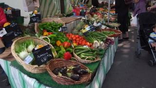 パリのオーガニックマーケットはラスパイユだけではなかった!〜パティニョール市場〜
