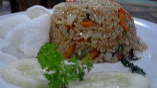バリ島のクタの信じられない激安レストランはこちら!!