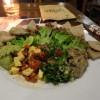 【ウブド】スペシャルドリンクと多国籍料理が素晴らしいカフェ@バリ・ブッダ