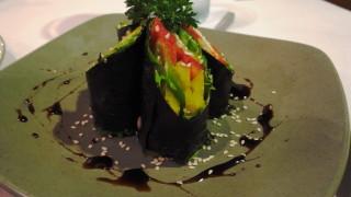 【ウブド】環境、コスパ、味と完璧すぎるローフードカフェ@タクススパ(Taksu spa)