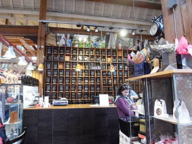 vancouverpublicmarket06〜20140527