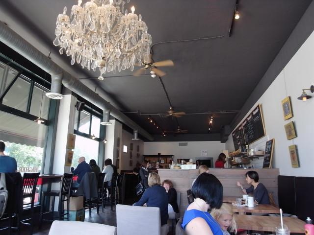 highergroundcoffeehouse03〜20140528