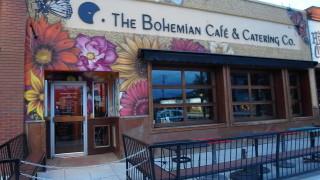バンクーバーからオカナガン(ケロウナ)への行き方と観光地化されていない市内を探索