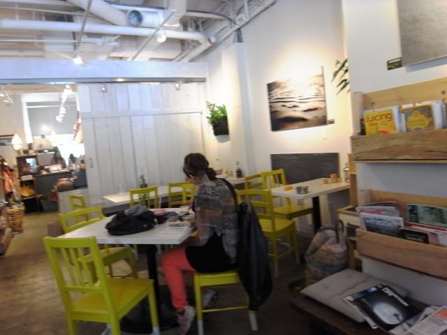 whistlerrawfoodcafe04〜20140627
