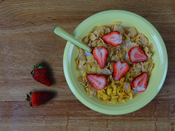 Cereal With Strawberries2