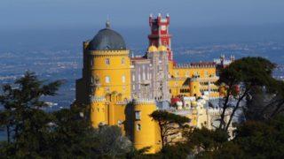ポルトガル随一の観光名所 ペーナ宮殿の行き方と絶景撮影ポイント